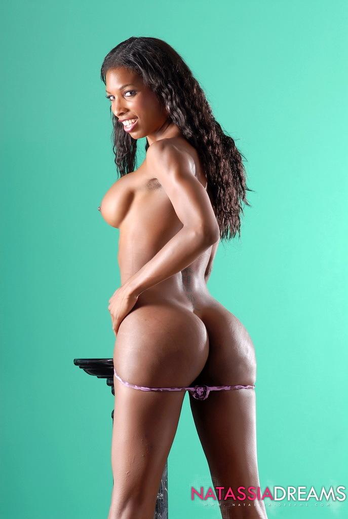 Adorable Ebony Tranny Natassia Posing Provocative In Purple