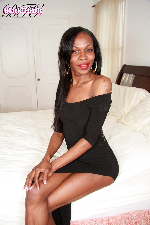 Black Ladyboys Set 1073