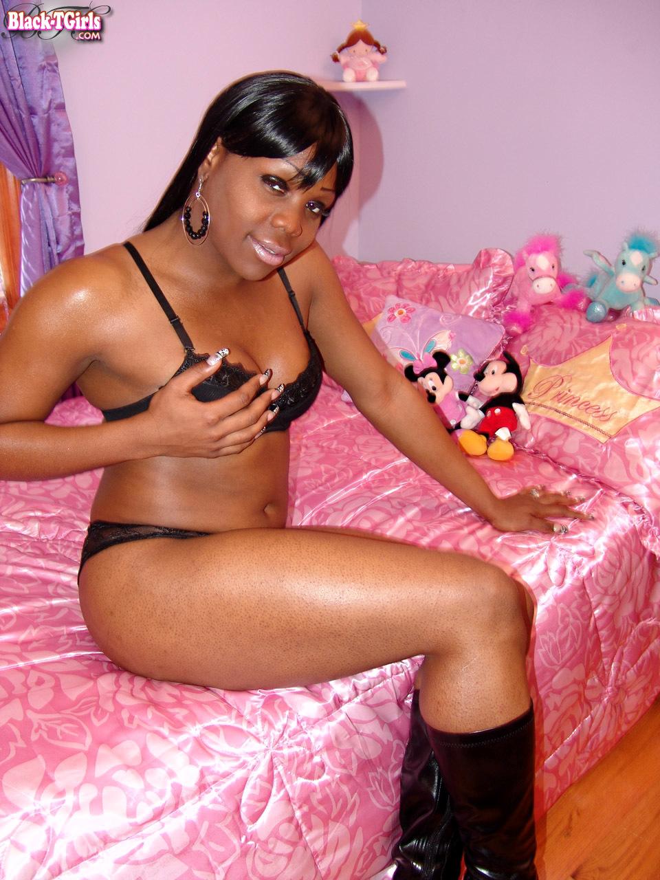 Black TGirls Set 817