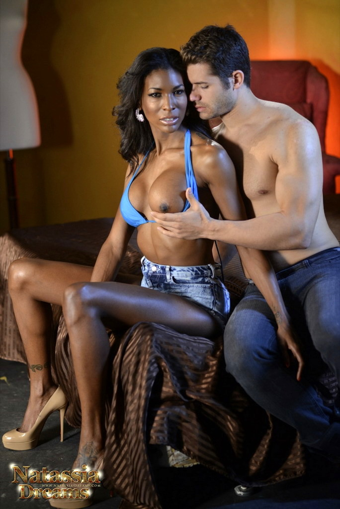 Ebony Natassia Banging A White Boy