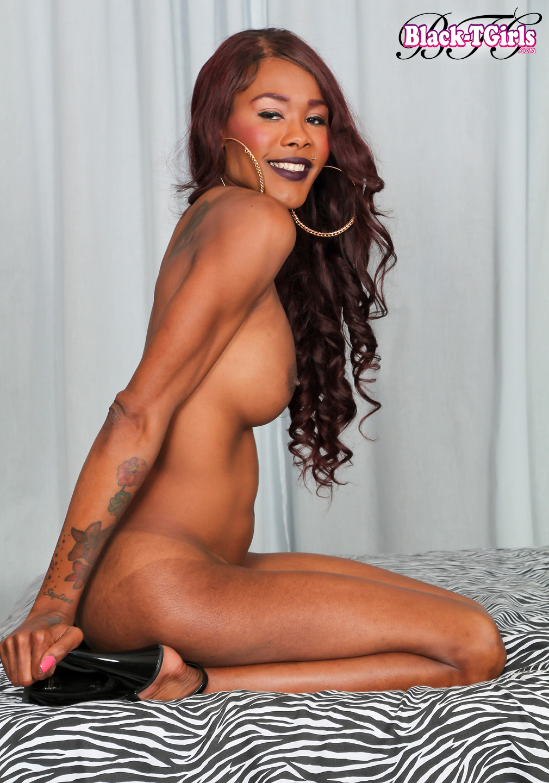 Hot Ebony TS Coco Has A Racy Thin Body With Delicio