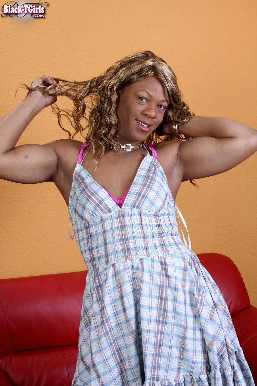Naomi Is A New Ebony Tgirl From Sin City Who Has Some Perky