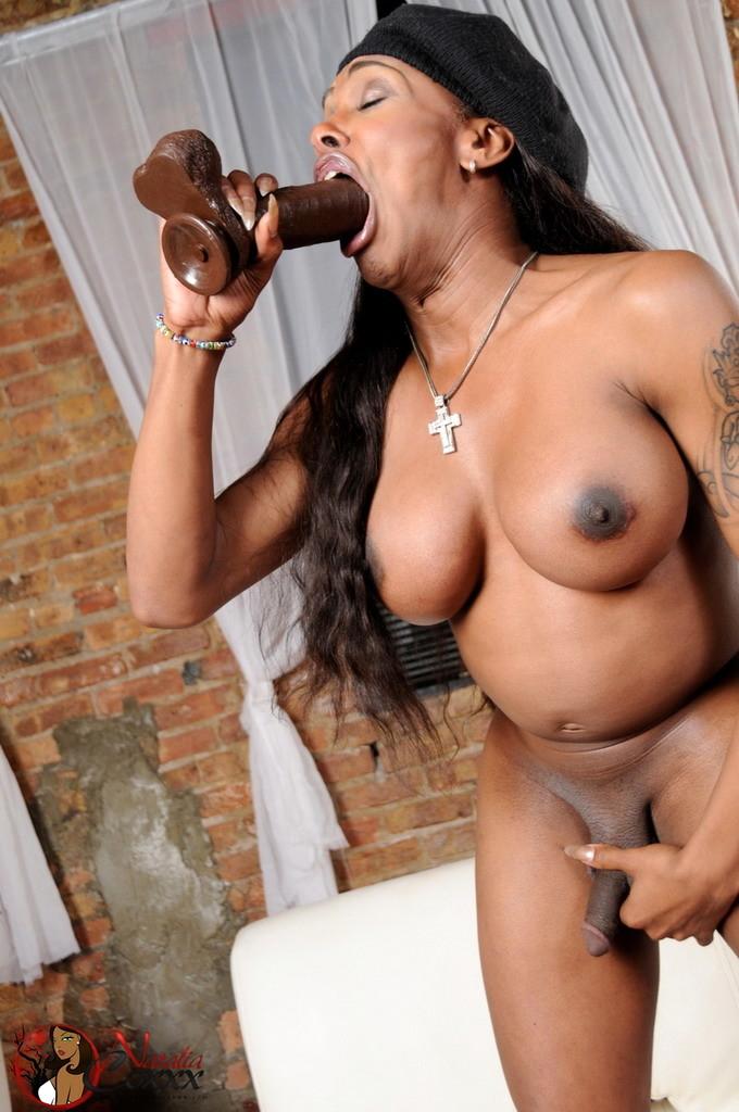 Natalia Sucking Cock Enormous Black Cocks