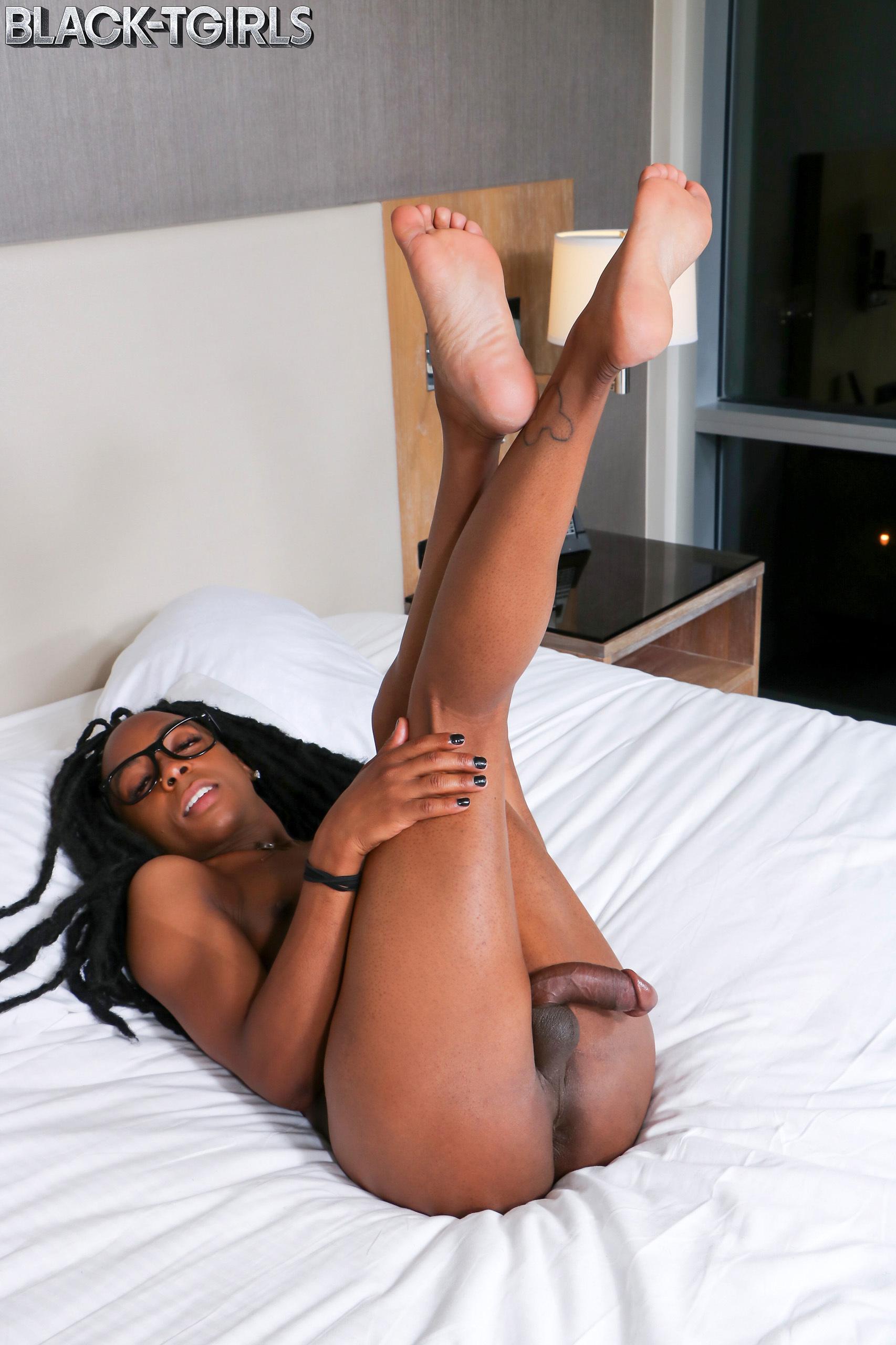 Slutty Gabby Ejaculates Hard!